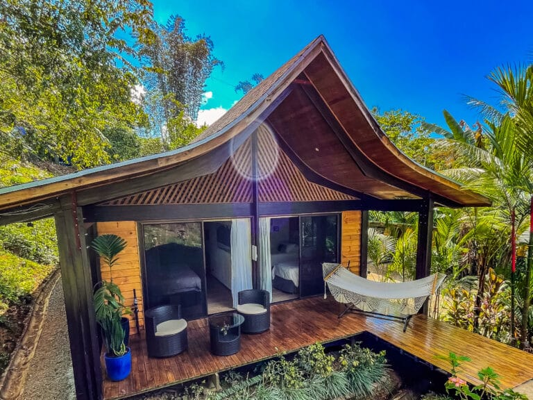 Kalon Toucan Bungalow Patio