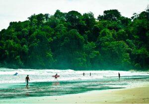 Playa dominical surf camp